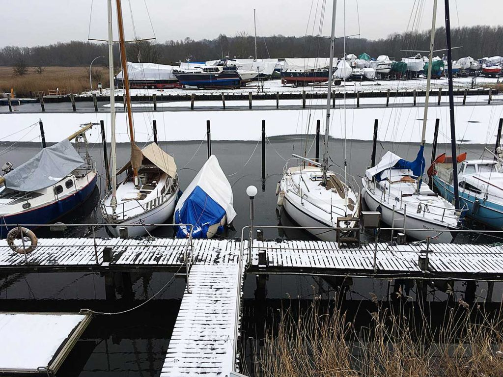 Kein Eis am Steg: Die Eisfrei-Anlage funktioniert!